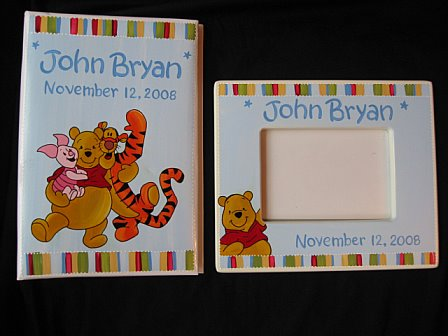 Picture Frame and Photo Album Pooh Primary