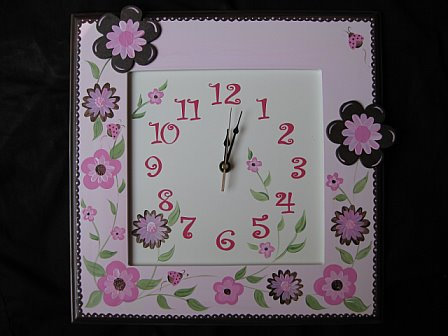 Wall Clock pink and brown luv bugs