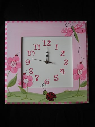 Wooden Wall Clock Red Ladybug