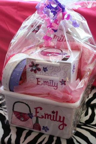 Gift Basket Junk Box, Picture frame and Jewelry box Emily Diva