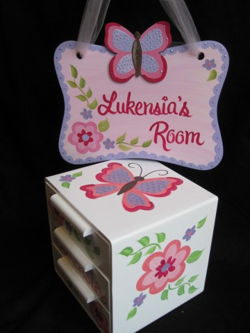 Jewelry Box and Door Sign Pink and Purple Gia