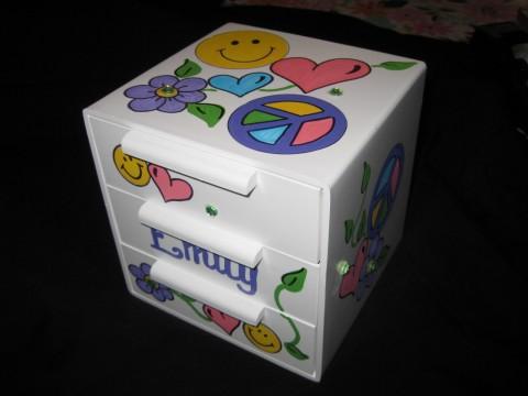 Jewelry Box Happy Chic