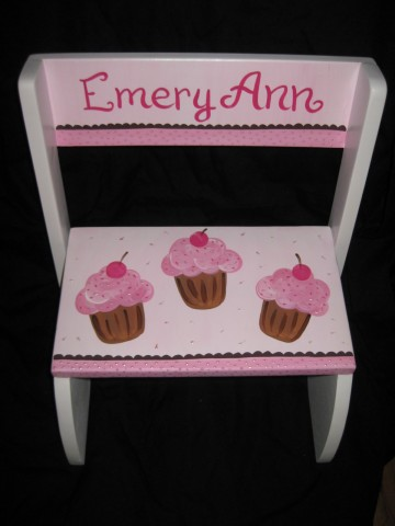Chair Flip Step Stool Cupcakes
